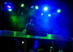 Dj @ work in the Party Crasher