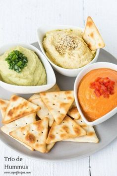 Hummus, H pimiento, H aguacate Veggie Recipes, Vegetarian Recipes, Cooking Recipes, Healthy Recipes, Tapas, Food Porn, Good Food, Yummy Food, Light Recipes