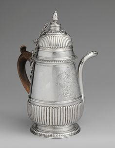 Chocolate pot, Edward Winslow (American, Maker Made in Boston, Massachusetts Silver; The Metropolitan Museum of Art Chocolate Pots, Chocolate Coffee, Chocolate Lovers, Decoration, Art Decor, Silver Teapot, Maker Culture, Colonial America, Pot Sets