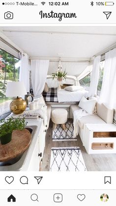 Extraordinary Vintage Camper Interior Ideas, Your camper is really the sweetest. To begin with, let's talk about things you ought to search FOR in your prospective camper. Vintage campers are ava. Vintage Campers, Camping Vintage, Vintage Travel Trailers, Vintage Airstream, Vintage Rv, Vintage Caravans, Vintage Caravan Interiors, Vintage Style, Small Travel Trailers