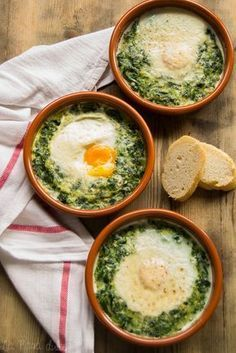 Espinacas con huevos a la crema - Healthy Eating İdeas For Exercise Mexican Food Recipes, Vegetarian Recipes, Cooking Recipes, Healthy Recipes, Cooking Kale, Cooking Pork, Healthy Snacks, Healthy Eating, Food Porn