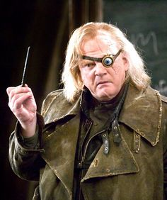 Harry Potter and the Goblet of Fire - Publicity still of Brendan Gleeson Harry James Potter, Moody Harry Potter, Objet Harry Potter, Theme Harry Potter, Harry Potter Outfits, Harry Potter Facts, Harry Potter Characters, Harry Potter Hogwarts, Brendan Gleeson