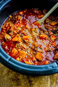 Crock Pot Paleo Sweet Potato Chipotle Chili! This chipotle Chili recipe is healthy but hearty, and has a kick of spice! A gluten free and paleo friendly chili made easy in the crock pot so you can be ready to serve with little effort .
