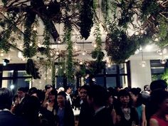 先日 それはそれは素敵なパーティーに出席しました。 フリープランナーの祐さんこと黒沢祐子さんのパーティー。 会場は、新しく出来たばかりのホテル 『ANdAZ TOKYO』 本物のPerfect Weddingでした。。。。  まずはこのシュ...