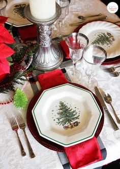 Holiday Home Tour 2013 | Positively Splendid {Crafts, Sewing, Recipes and Home Decor}