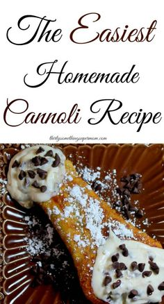 This Cannoli Recipe is so easy to make there is no reason you can't be enjoying this delicious dessert, tonight! Italian Desserts, Just Desserts, Delicious Desserts, Dessert Recipes, Italian Recipes, Pastries Recipes, Greek Desserts, Italian Cake, Picnic Recipes