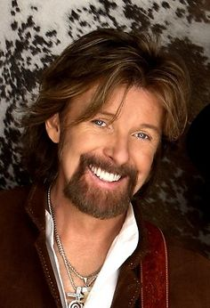 Ronnie Dunn to be inducted into Texas Heritage Songwriters& Hall of Fame. From Coleman, Texas - Country Music Stars, Best Country Music, Country Music Artists, Country Singers, Country Boys, Halle, Brooks & Dunn, Texas Music, Tulsa World