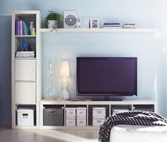 Suggestions The IKEA Kallax series Storage furniture is an essential element of any home. They supply get and Ikea Living Room, Interior Design Living Room, Living Spaces, Tv Bench, Flat Ideas, Room Inspiration, House Design, Liatorp, Home Decor