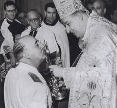 """Según documentos desclasificados del Vaticano, El Papa Pío XI ordenó a los obispos que colaboraran con Franco. Dijo en un discurso que la España republicana era """"igual a la URSS"""""""
