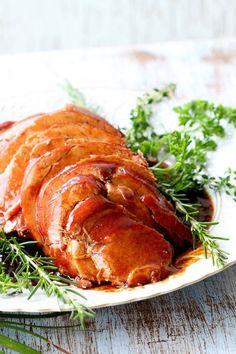 Tender ao molho do próprio assado com mostarda e mel. Deixe o tender do seu Natal mais gostoso. Abaixo tender sem graça. Essa receita é fácil é deliciosa! www.senhoramesa.com.br