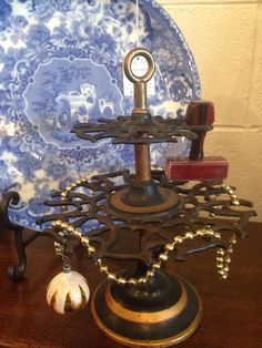1000 images about living with antiques on pinterest blue and white