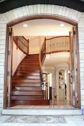 Entryway Stairs (classic stairs)