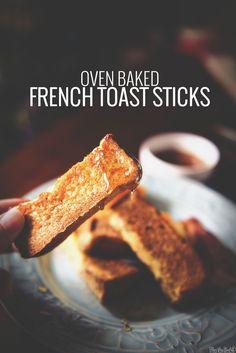 Baked French Toast Sticks || PasstheSushi.com
