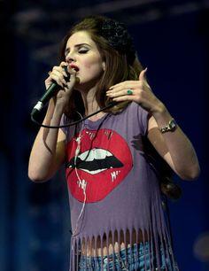 Lana Del Rey Photo - Isle Of Wight Festival - Day 2