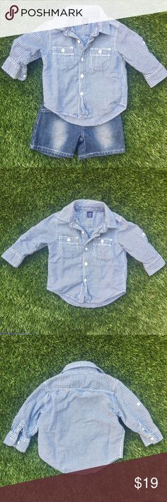 Blue & White BABY Gap long sleeve shirt Instantly create a classic look with this versatile long sleeve button-up shirt. Unisex. GAP Shirts & Tops
