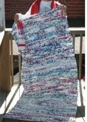 Crochet plastic grocery bags into mats for the homeless...great project!
