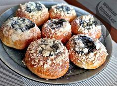 maminčiny-moravské-koláče-na-webu-receptyonline Czech Recipes, Bagel, Doughnut, Food And Drink, Nutella, Sweets, Bread, Dishes, Baking