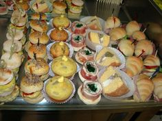 mini muffins speck emmental e pasticcera salata Montersino Ingredienti per 60 mini muffins