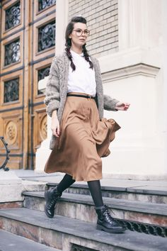 AFMF is a new brand crush I have; wearing a gray oversized sweater and a midi camel skirt! Camel Skirts, Oversized Grey Sweater, The Other Side, Brand New, Gray, Chic, Sweaters, How To Wear, Jackets