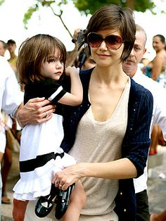 Katie Holmes,maybe start this length before going shorter