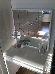 Materials: 1xMICKE (Desk- small version 73 cm, Color white), 1xSTAVE (Mirror, Color white), screwdriver for recessed head screws, 2x elbow  Description: F