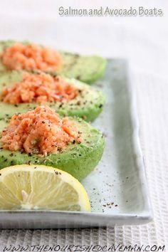 Avocado and Salmon Low Carb Breakfast Healthy Recipes, Avocado Recipes, Salmon Recipes, Seafood Recipes, Low Carb Recipes, Healthy Snacks, Healthy Eating, Cooking Recipes, Healthy Low Carb Breakfast