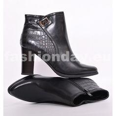 0409c1d05183 Jesenné čižmy pre dámy v čiernej farbe - fashionday.eu Topánky