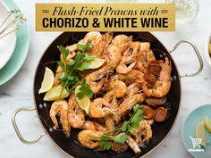 Flash fried prawns! Prawn Shrimp, Winter Warmers, Chorizo, Paella, Fries, Ethnic Recipes, Food, Essen, Yemek