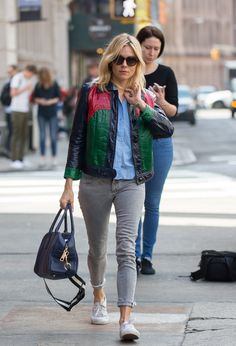 Sienna Miller's Best Looks On and Off the Red Carpet - Sienna Miller-Wmag