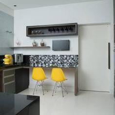 Casa Térrea - contemporânea: Cozinhas modernas por Camila Castilho - Arquitetura e Interiores