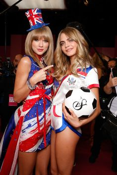 Cara Delevingne and Taylor swift behind stage at the VS Fashion show
