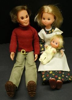 The Sunshine Family Steve, Stephanie & Sweets from the 70's loved these (they were like real, not fake Barbie dolls) they where down to earth environmentalist simple living