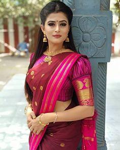 Latest simple blouse sleeve design - The handmade craft Pattu Saree Blouse Designs, Fancy Blouse Designs, Bridal Blouse Designs, Designs For Dresses, Latest Saree Blouse Designs, Salwar Designs, Choli Designs, Stylish Blouse Design, Blouse Models