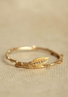 Simple gold leaf ring