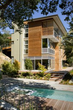 321 House by Gould Evans