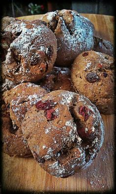 Bread with cranberries