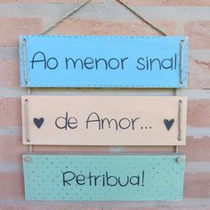 Arte Pallet, School Projects, Diy Projects, Message Quotes, Lettering Tutorial, Mouse Parties, Happy Day, Boho Decor, Handicraft