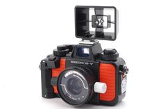 [MINT]Nikon Nikonos V Orange w/NIKON KIKKOR 35mm f/2.5 from Japan #281-3026553 #Nikon