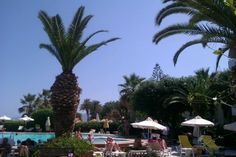 Zephyrosc Beach Hotel