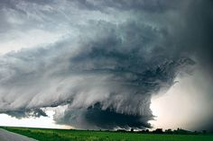 Supercell thunder storm - via Bruno Bolognese's photo on Google+