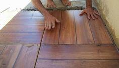 piso que imita madeira 10 Hardwood Floors, Flooring, Swimming Pools Backyard, Home Decor Furniture, Coloring Books, Tiles, Deck, House Design, House Ideas