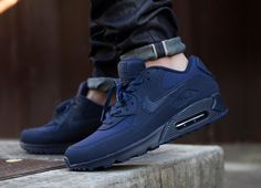 Nike Air Max 90 Essential Midnight Navy post image