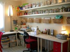50 Most Popular Craft Room Sewing Decor Ideas - Ideaboz Coin Couture, Sewing Room Design, Sewing Rooms, Sewing Room Organization, Craft Room Storage, Popular Crafts, Ideas Para Organizar, Quilting Room, Sewing Table