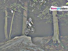 Anna » Rider: Anna Erfährst Du Niemals - Photo: Mike Hoffmann - Location: Stromberg (GER) - #ilovegirlriders #iamagirlrider #ilgr #girlriders #mtb #bmx #dhgirl #downhill #ciclocross #freeride #road #cycling #cyclingwomen #womenscycling