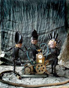 Buchinger's Boot Marionettes   les palotins (1182×1508)