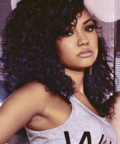 Thank you to the gorgeous @Leigh Anne Pinnock for being my 1,250th follower! follow her everybody (:  - Hannah x