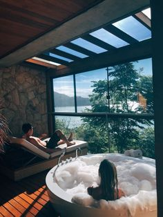 25 awesome inground hot tub ideas that will drop your jaw 00004 - josh-hutcherson Inground Hot Tub, Jacuzzi, Future House, Exterior Design, Interior And Exterior, House Goals, Dream Rooms, Luxury Life, Design Case