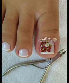 French Pedicure, Manicure E Pedicure, Pedicures, Toe Nail Color, Toe Nail Art, Pedicure Designs, Toe Nail Designs, Pretty Toe Nails, Love Nails