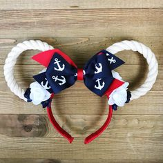 Nautical Cruise Ears/ Nautical Minnie Ears/ Disney Cruise Ears These are SO lightweight and comfortable! These nautical ears are perfect for a Disney Cruise Vacation and a great gift for any nautical lover! Disney Ears Headband, Diy Disney Ears, Disney Minnie Mouse Ears, Disney Headbands, Disney Diy, Ear Headbands, Disney Crafts, Disney Bows, Disney Outfits