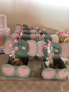 67 Trendy baby shower ideas for boys themes elephants chevron Boy Baby Shower Themes, Baby Shower Gender Reveal, Baby Boy Rooms, Baby Boy Shower, Baby Boys, Baby Elefante, Elephant Theme, Elephant Baby Showers, New Baby Products
